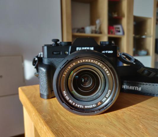 Fujifilm X-T20 with 18-55mm