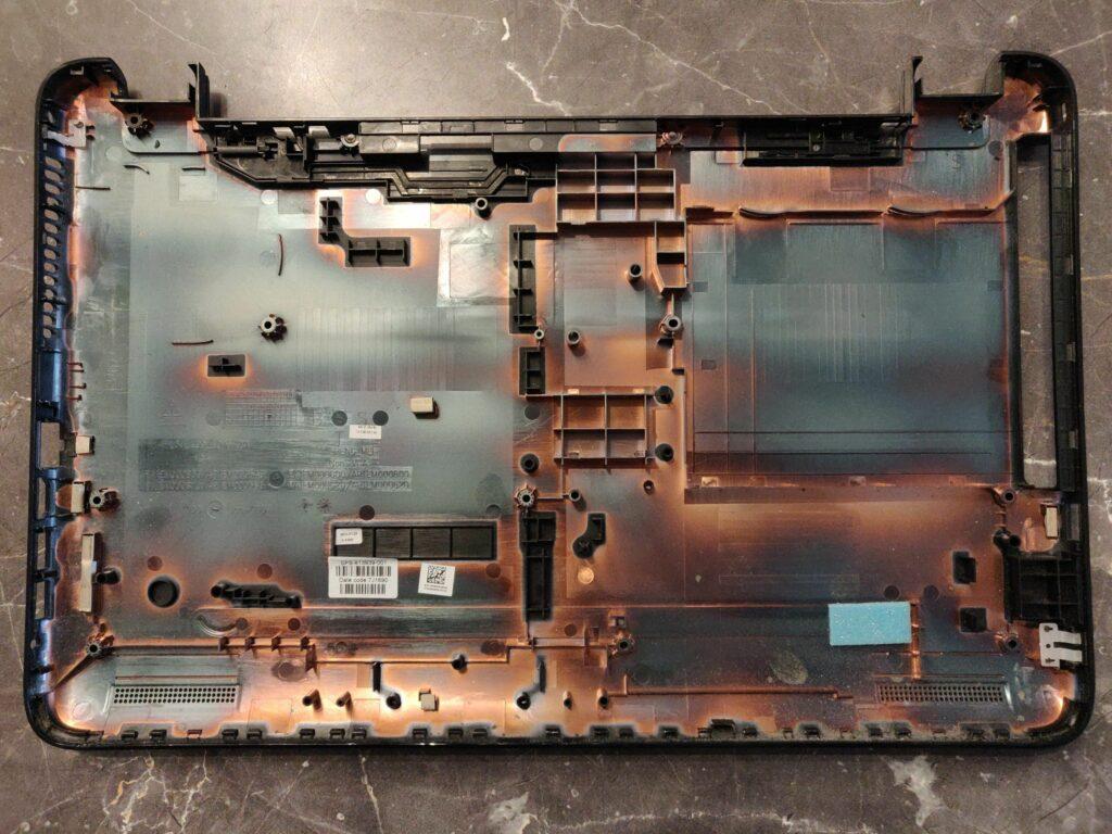 HP 15-ay045ng Disassembly Back Cover